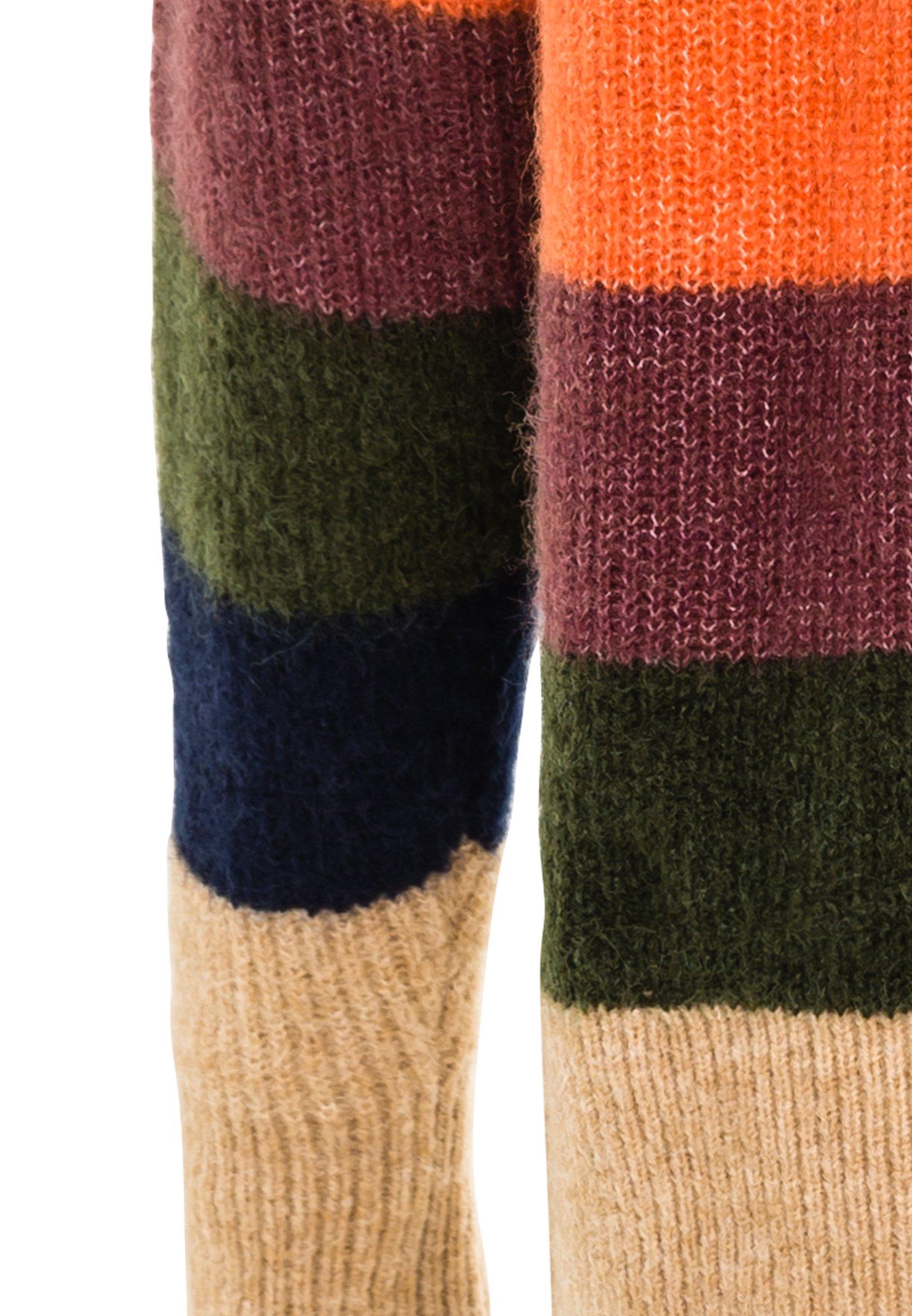 Strickpullover in Regular Fit aus Feinstrick